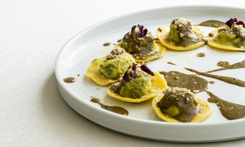 Ricetta Ravioli di patate e aglio orsino con impepata di cozze e briciole  di pane tostato al limone - chef Alberto Bertani - QB Duepuntozero - Salò -  Chef e ricette